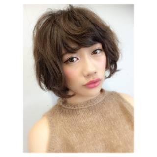 ウェーブ コンサバ ショート フェミニン ヘアスタイルや髪型の写真・画像