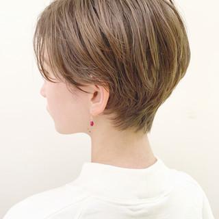 ナチュラル デート アンニュイほつれヘア パーマ ヘアスタイルや髪型の写真・画像 ヘアスタイルや髪型の写真・画像