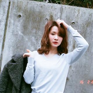 大人かわいい ゆるふわ フェミニン ミディアム ヘアスタイルや髪型の写真・画像