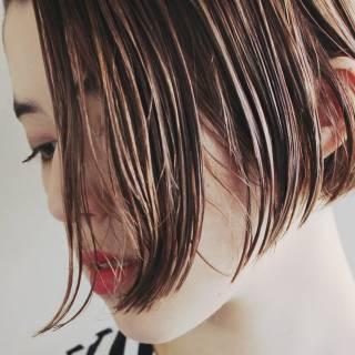 ストリート ウェットヘア 束感 ボブ ヘアスタイルや髪型の写真・画像