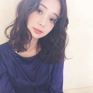 ガーリー デート ミディアム 女子会 ヘアスタイルや髪型の写真・画像