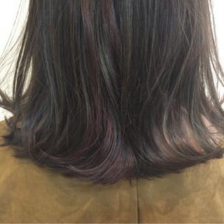 アッシュ 色気 ミディアム ナチュラル ヘアスタイルや髪型の写真・画像