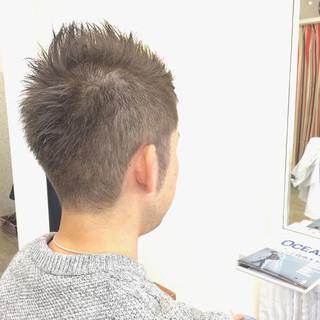 メンズ 刈り上げ アッシュ ボーイッシュ ヘアスタイルや髪型の写真・画像