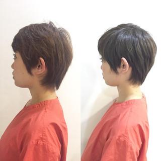 ショート アッシュ マット スモーキーアッシュ ヘアスタイルや髪型の写真・画像