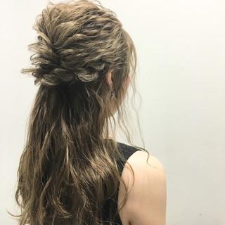 ストリート ウェットヘア ハイライト 波ウェーブ ヘアスタイルや髪型の写真・画像