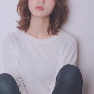 大人かわいい 前髪あり ゆるふわ 外国人風 ヘアスタイルや髪型の写真・画像