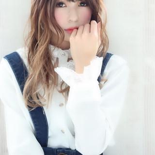バイヤレージュ ハイトーンカラー グラデーションカラー ロング ヘアスタイルや髪型の写真・画像
