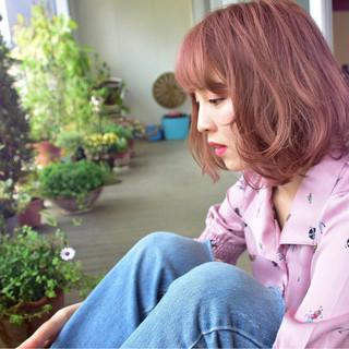 ストリート ベージュ ボブ ピンク ヘアスタイルや髪型の写真・画像