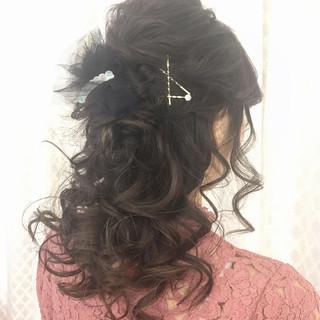 ヘアアレンジ セミロング エレガント ハーフアップ ヘアスタイルや髪型の写真・画像 ヘアスタイルや髪型の写真・画像