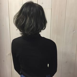 ボブ 暗髪 冬 ストリート ヘアスタイルや髪型の写真・画像