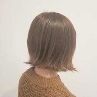 外国人風 ベージュ ボブ ナチュラル ヘアスタイルや髪型の写真・画像 ヘアスタイルや髪型の写真・画像