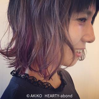暗髪 ゆるふわ インナーカラー 大人かわいい ヘアスタイルや髪型の写真・画像