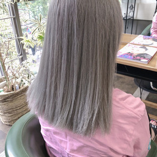 ミディアム 極細ハイライト ストリート 透明感カラー ヘアスタイルや髪型の写真・画像