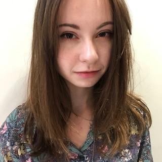 透明感 レイヤーカット デート 前髪あり ヘアスタイルや髪型の写真・画像 ヘアスタイルや髪型の写真・画像