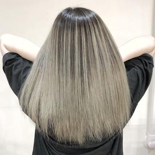 外国人風カラー バレイヤージュ ホワイトブリーチ セミロング ヘアスタイルや髪型の写真・画像 ヘアスタイルや髪型の写真・画像