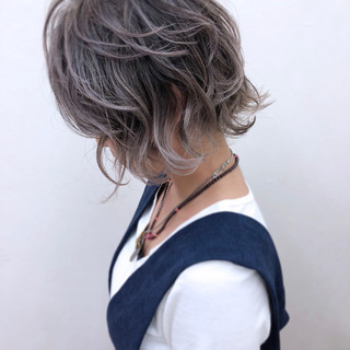大人かわいい ハイトーン ハイライト ストリート ヘアスタイルや髪型の写真・画像