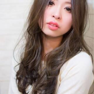 大人かわいい セミロング ウェーブ モテ髪 ヘアスタイルや髪型の写真・画像
