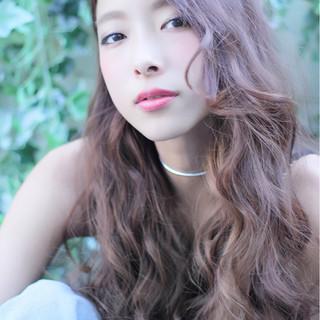 アッシュ 外国人風 ロング ガーリー ヘアスタイルや髪型の写真・画像