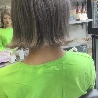ハイトーン ホワイト ベージュ 外国人風カラー ヘアスタイルや髪型の写真・画像
