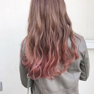 ハイトーン ピンクブラウン ミルクティーベージュ ガーリー ヘアスタイルや髪型の写真・画像