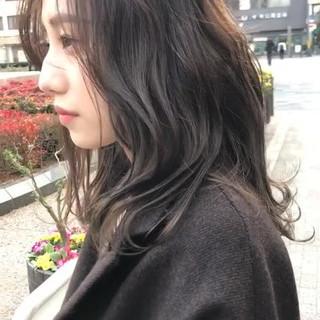 透明感カラー ラベンダー ラベンダーアッシュ セミロング ヘアスタイルや髪型の写真・画像