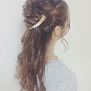 編み込み フェミニン ハーフアップ ロング ヘアスタイルや髪型の写真・画像
