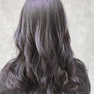 デート イルミナカラー ナチュラル ロング ヘアスタイルや髪型の写真・画像