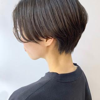 暗髪 ハンサムショート 前髪なし ナチュラル ヘアスタイルや髪型の写真・画像 ヘアスタイルや髪型の写真・画像