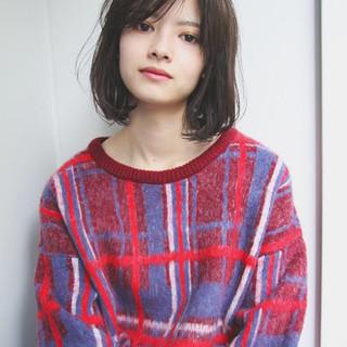 外国人風 冬 ナチュラル 大人かわいい ヘアスタイルや髪型の写真・画像