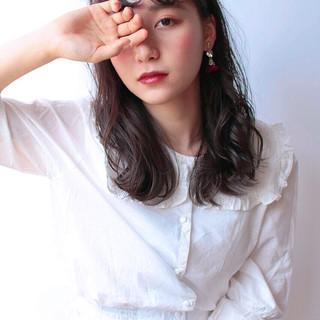 パーマ フェミニン 簡単ヘアアレンジ 黒髪 ヘアスタイルや髪型の写真・画像