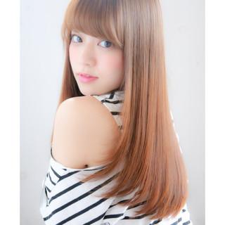 前髪あり 大人かわいい パーマ ナチュラル ヘアスタイルや髪型の写真・画像