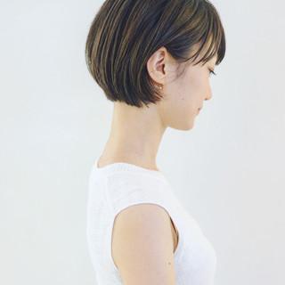 ショート エフォートレス ショートボブ ナチュラル ヘアスタイルや髪型の写真・画像