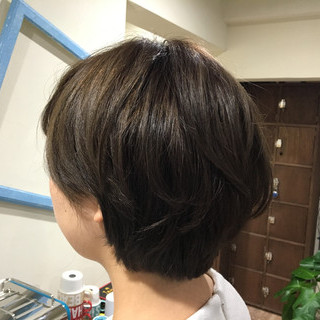 ブリーチ ナチュラル ショート アッシュ ヘアスタイルや髪型の写真・画像 ヘアスタイルや髪型の写真・画像