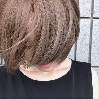 透明感 ショート 女子会 リラックス ヘアスタイルや髪型の写真・画像