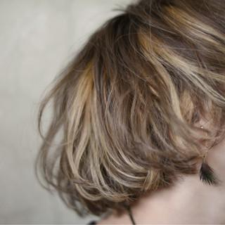 ボブ ストリート ハイトーン 外国人風 ヘアスタイルや髪型の写真・画像