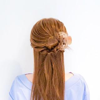 フェミニン ヘアアレンジ ロング オフィス ヘアスタイルや髪型の写真・画像