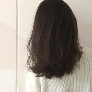 グレージュ 抜け感 グラデーションカラー 外国人風 ヘアスタイルや髪型の写真・画像