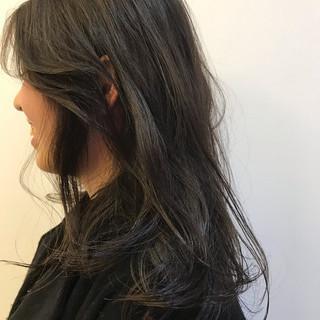 ヘアアレンジ アンニュイほつれヘア セミロング モード ヘアスタイルや髪型の写真・画像