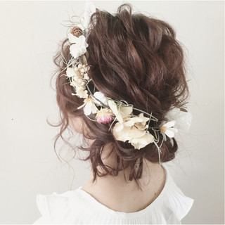 ミディアム ヘアアレンジ 大人かわいい ガーリー ヘアスタイルや髪型の写真・画像