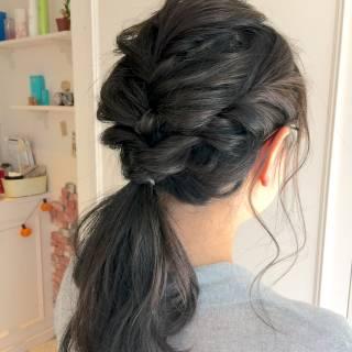 編み込み ヘアアレンジ ナチュラル ウェーブ ヘアスタイルや髪型の写真・画像