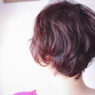 ベリーピンク グレージュ ボブ ピンク ヘアスタイルや髪型の写真・画像 ヘアスタイルや髪型の写真・画像