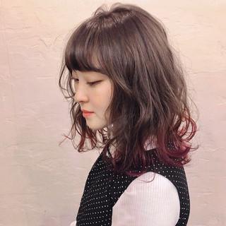 シナモンベージュ ダブルカラー セミロング グレージュ ヘアスタイルや髪型の写真・画像