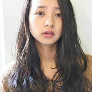 透明感 ニュアンス 黒髪 外国人風 ヘアスタイルや髪型の写真・画像