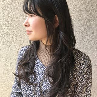 ナチュラル ロングヘアスタイル レイヤーロングヘア ロング ヘアスタイルや髪型の写真・画像
