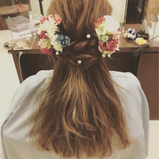 ヘアアレンジ フェミニン 成人式 ロング ヘアスタイルや髪型の写真・画像 ヘアスタイルや髪型の写真・画像