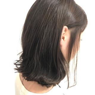 ボブ ウェットヘア 外ハネ 艶髪 ヘアスタイルや髪型の写真・画像