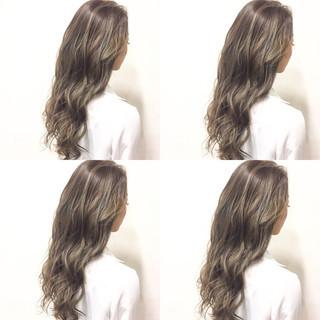 外国人風 グラデーションカラー ハイライト ガーリー ヘアスタイルや髪型の写真・画像