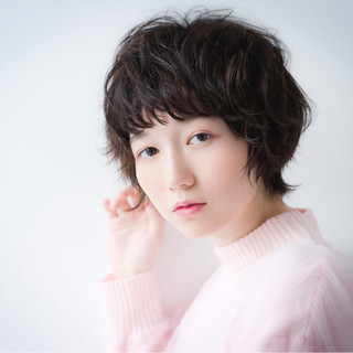 憧れは芸能人のような黒髪ショート♪目指すは波瑠さんのような爽やかヘア