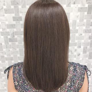 ロング 透明感カラー 外国人風カラー アッシュベージュ ヘアスタイルや髪型の写真・画像