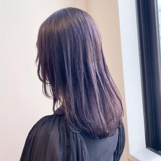 バイオレットアッシュ ピンクブラウン セミロング 透明感カラー ヘアスタイルや髪型の写真・画像